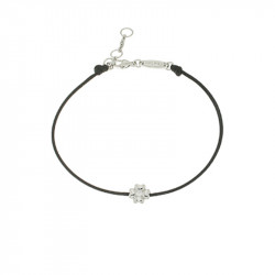 Bracelet Elsa Lee Paris, modèle fleur, avec oxyde de Zirconium serti griffe sur cordon en coton noir
