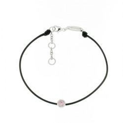 Bracelet Elsa Lee Paris, modèle Janvier avec un oxyde de Zirconium rose serti griffe sur cordon en coton noir