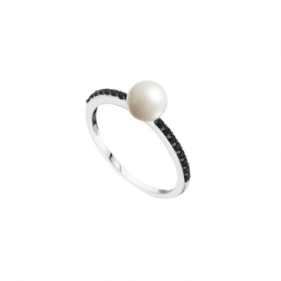 Elsa Lee Paris sterling silver ring, black and white collection, with black Cubic Zirconia and 1 white pearl centerpiece