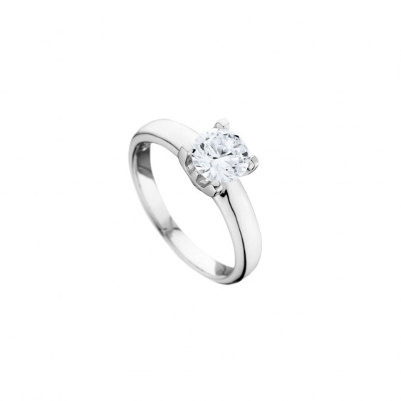 Elsa Lee Paris sterling silver ring, with diamond cut Cubic Zirconia