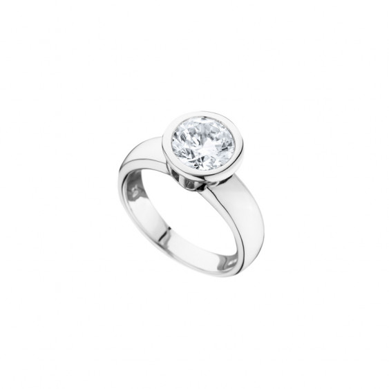 Elsa Lee Paris sterling silver ring, with a close set cut diamond Cubic Zirconia