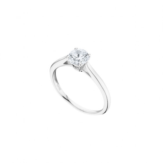 Elsa Lee Paris sterling silver ring, classic and traditional design with a cut diamond Cubic Zirconia