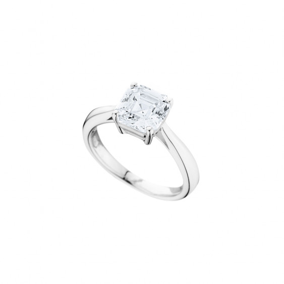 Elsa Lee Paris sterling silver ring, claws set princess-shaped Cubic Zirconia