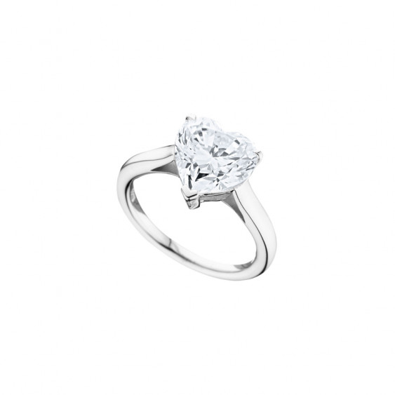 Heart Solitaire silver Ring by Elsa Lee Paris with its heart cut and claw set
