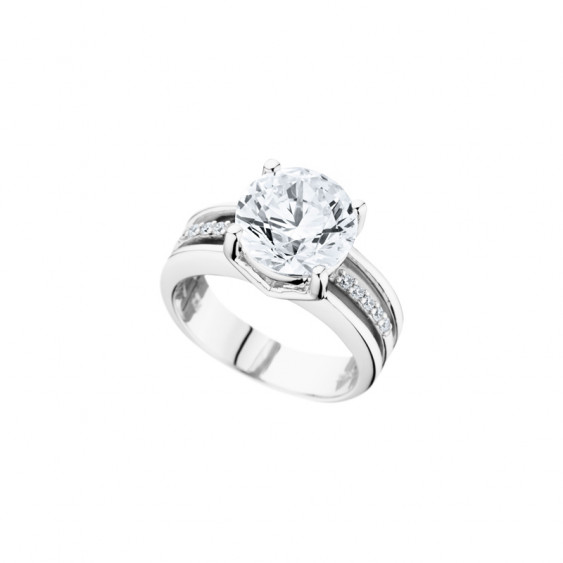 Elsa Lee Paris sterling silver Ring, one close set Cubic Zirconia centerpiece surrounded by 11 clear Cubic Zirconia on both side