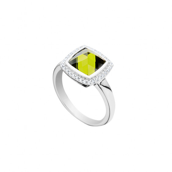 Elsa Lee Paris sterling silver ring with one green stone and its round of Cubic Zirconia