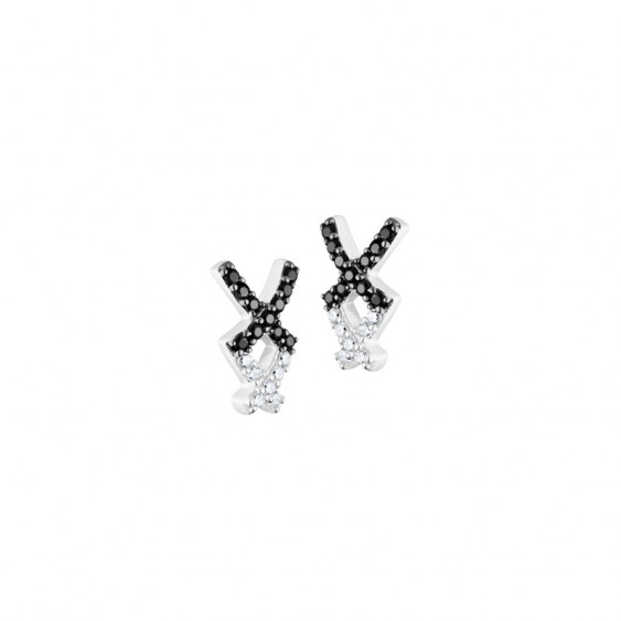 Boucles d'oreilles puces Elsa Lee Paris, en argent, deux croix recouvertes d'oxydes de Zirconium noirs et blancs