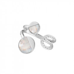 Mother of pearl and silver moon ring from the Luna collection
