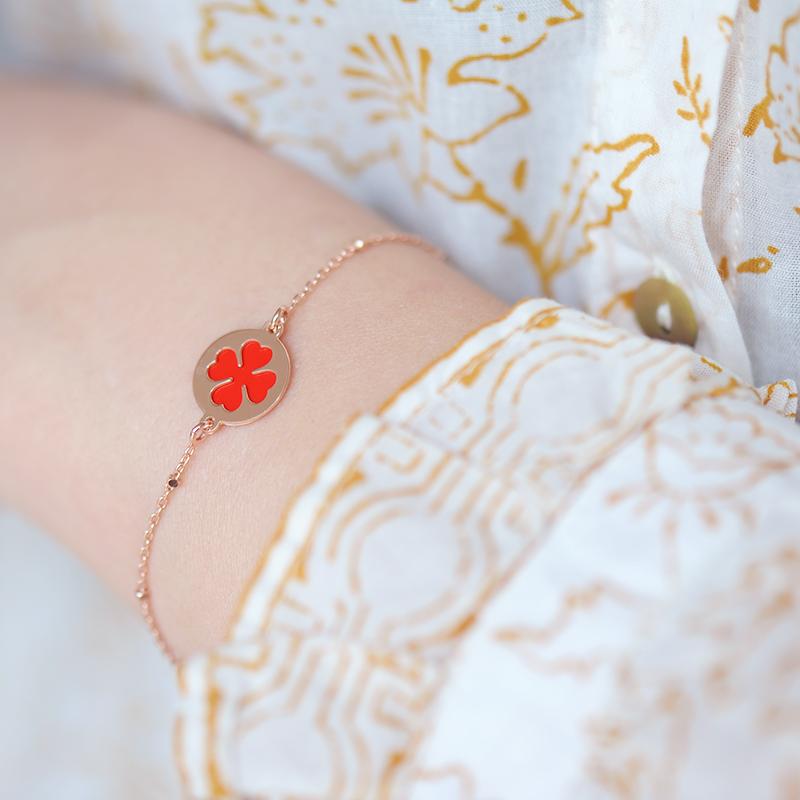 bracelet argent plaqué or rose trèfle rouge